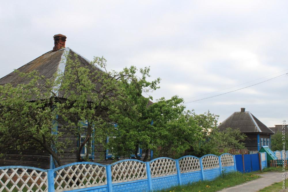 Местачковая забудова Скрыгалава.  вул.Савецкая (цотны  бок)