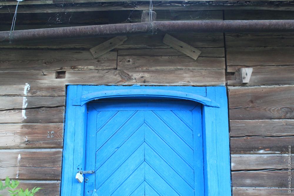 Кухцічы. Уваходныя дзеры дома камнецёса.